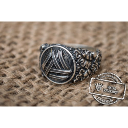 Valknut Symbol with Oak Leaves and Acorns Sterling Silver Norse Ring