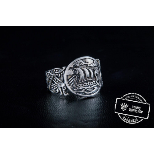 Drakkar Symbol with Wolf Ornament Ring Sterling Silver Unique Jewelry