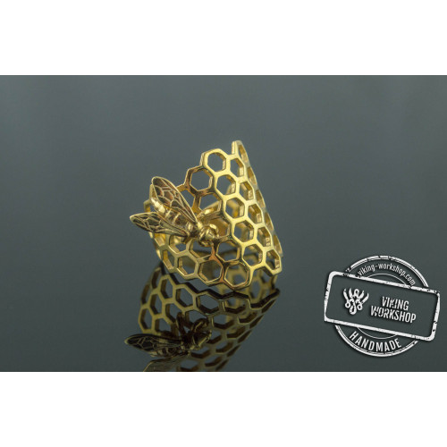 14K Gold Honeycomb with Bee Ring Handmade Jewelry